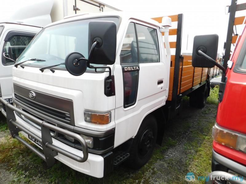 #8474 - 2010 Daihatsu DELTA V116 17KAKI 5,000kg