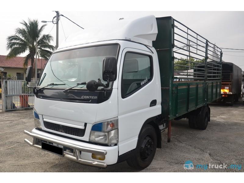 #9055 - 2012 Mitsubishi-Fuso FE83PG 5,000kg